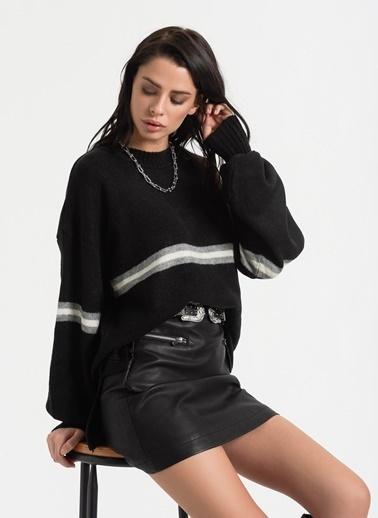 Styletag Geniş Kollu Kazak Siyah